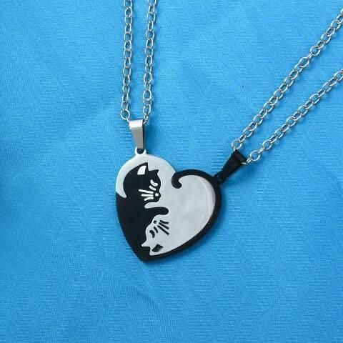 Cat necklace 3