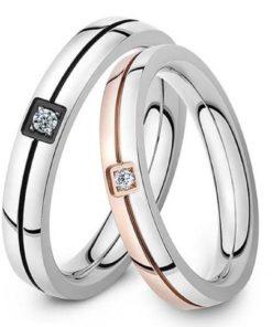 Double anneaux orné diamant